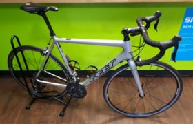 Felt EX HIRE F4 Carbon Ultegra 6800 Road Bike